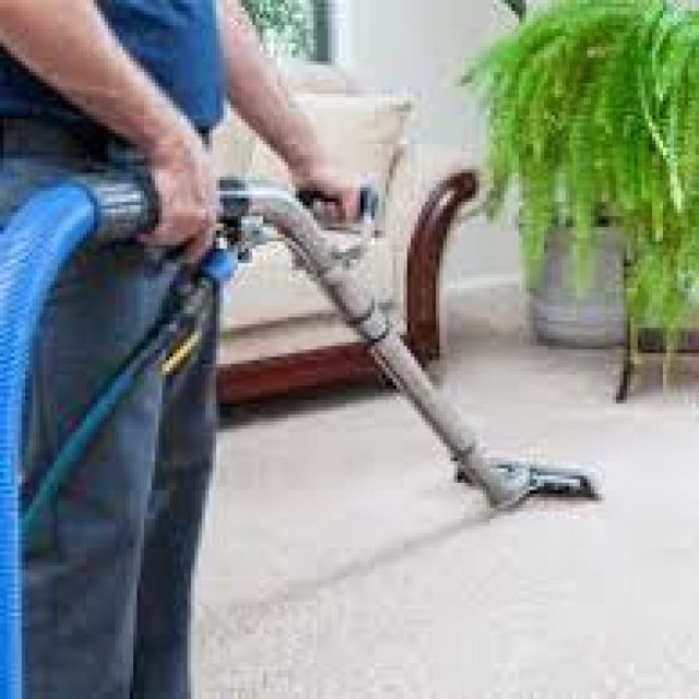 Here are some tips to make your carpet not easily damaged