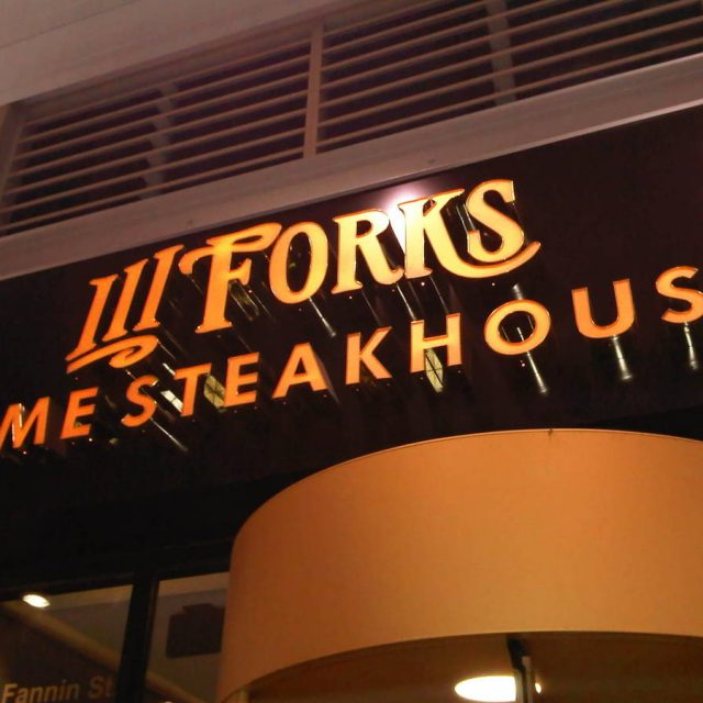 Restaurant Reviews: III Forks, Dallas