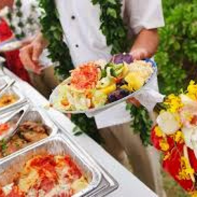 How to choose a good catering service